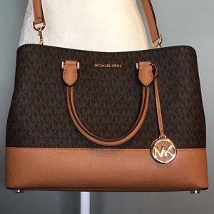 Michael Kors Signature Savannah large satchel